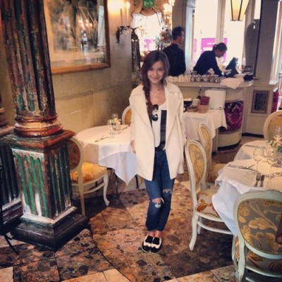 eleanorjcalderarmy:  [@] eleanorj92: First to arrive at brunch!
