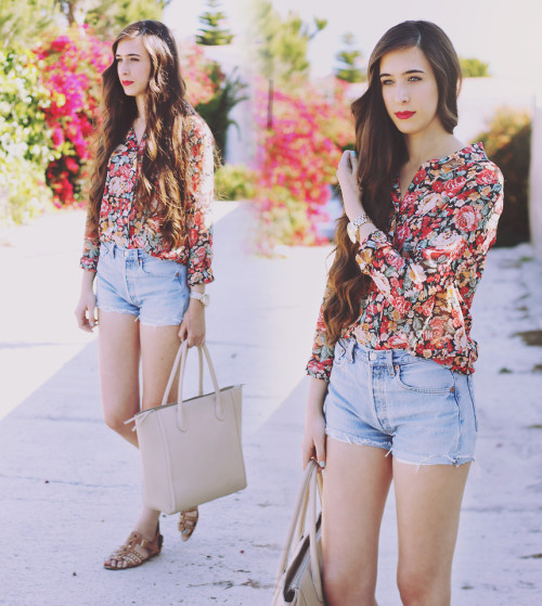 lookbookdotnu:  Nearly summer (by María Rubio)