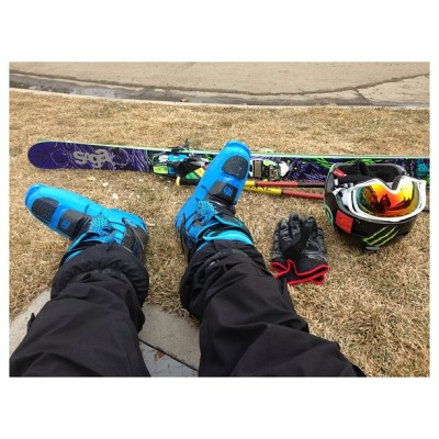 Chillin. #fulltiltboots #skiing #sagawinter #nofilter  (at Heavenly Village)