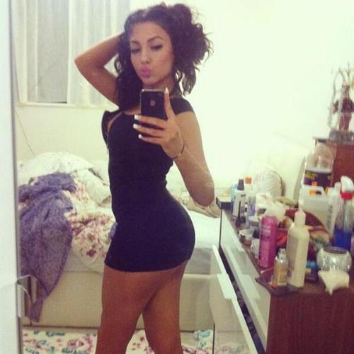 Twitter: @cortinezmia Follow ONE BIG BLOG, FULLA BAD BITCHES  Click here to submit Gorgeous ;)