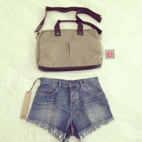 Aw yeahhh $40 ksubi shorts and a work bag I've been wanting for kikki k on sale too! ♡♡♡