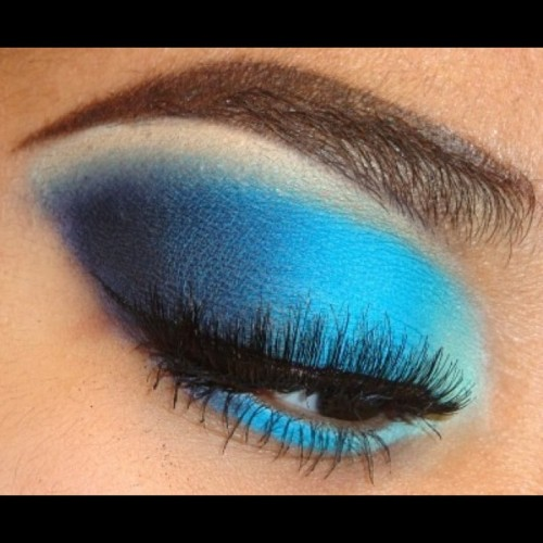 Matte Bold Light to Dark Blue Smokey #Eyeshadow Tutorial using #BHCosmetics and #MACCosmetics here http://youtu.be/dK5VHZ4Sg_M at http://www.youtube.com/makemeupbywhitney #Eyeshadow #makeupandkiss #makeup_loooks33 #makeupdoll #ilovemacgirls #makeupaddict #vegas_nay #makeupftw #makeuplover #makeuphoneys #eotd #makeupaddiction #jackieglams #ardell204 #exhalebeauty #nyx #nyxcosmetics #makeupgeek #mayamiamakeup #blueeyeshadow #nofilter #noconcealerbrows