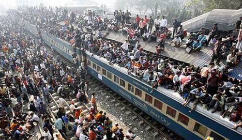 India public transportation overcrowded , :S they need more trains and better price.  inside metro