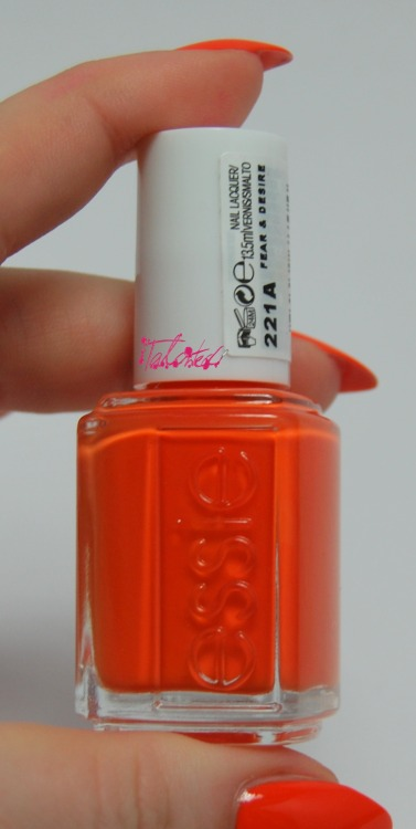 NOTD: Essie 'Fear & Desire' Essie make such beautiful colours and this is no exception. A bright, true orange polish from the 2012 'Bikini So Teeny' collection. This only needed 2 coats which I was surprised at, I thought it was going to be streaky and patchy. This is going to be my summer colour, I can tell. Lex :)