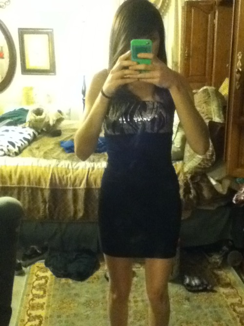 I need to be invited to a formal party soon so I can wear this lfkndgklf
