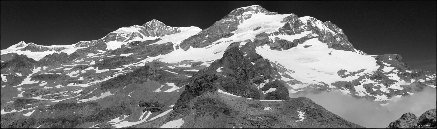 5 d'agost de 2009. El Monte Rosa des del Paso dei Salati.