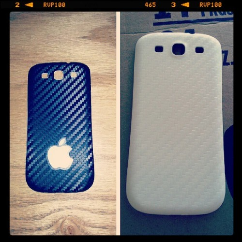 From black carbon to white carbon #s3 #samsung #galaxy #phone #carbonfiber #black #white #battery #door #apple #sticker