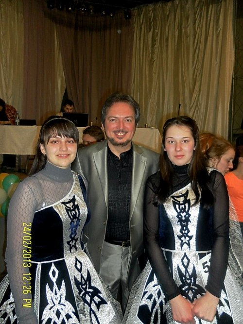 My girls with Michael Fitzpatrick. Ural Open Feis, 2013