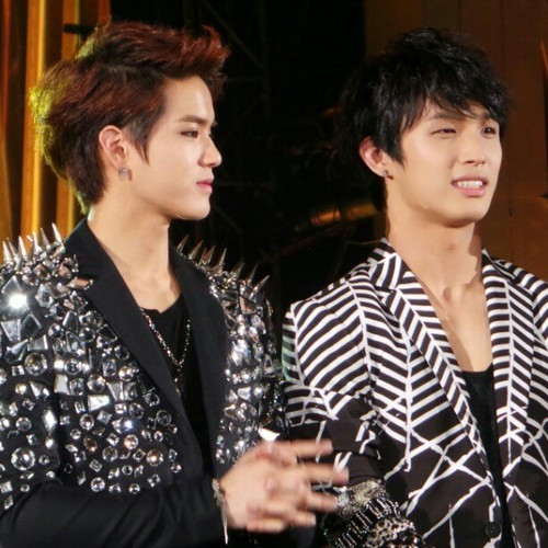BTOB at 2013 Golden Disc Award #GDA (21)Peniel and Hyunsik