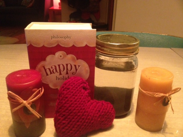 A hand-knit get well heart, some bubble bath, two candles, and a jar of Pacific Ocean water = best care package ever from Anna's mom. I've done well in life at finding mother figures, I need them.