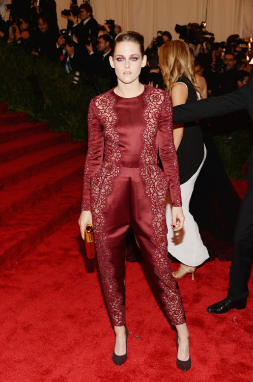 Kristen Stewart @ Met Gala 2013 in Stella McCartney