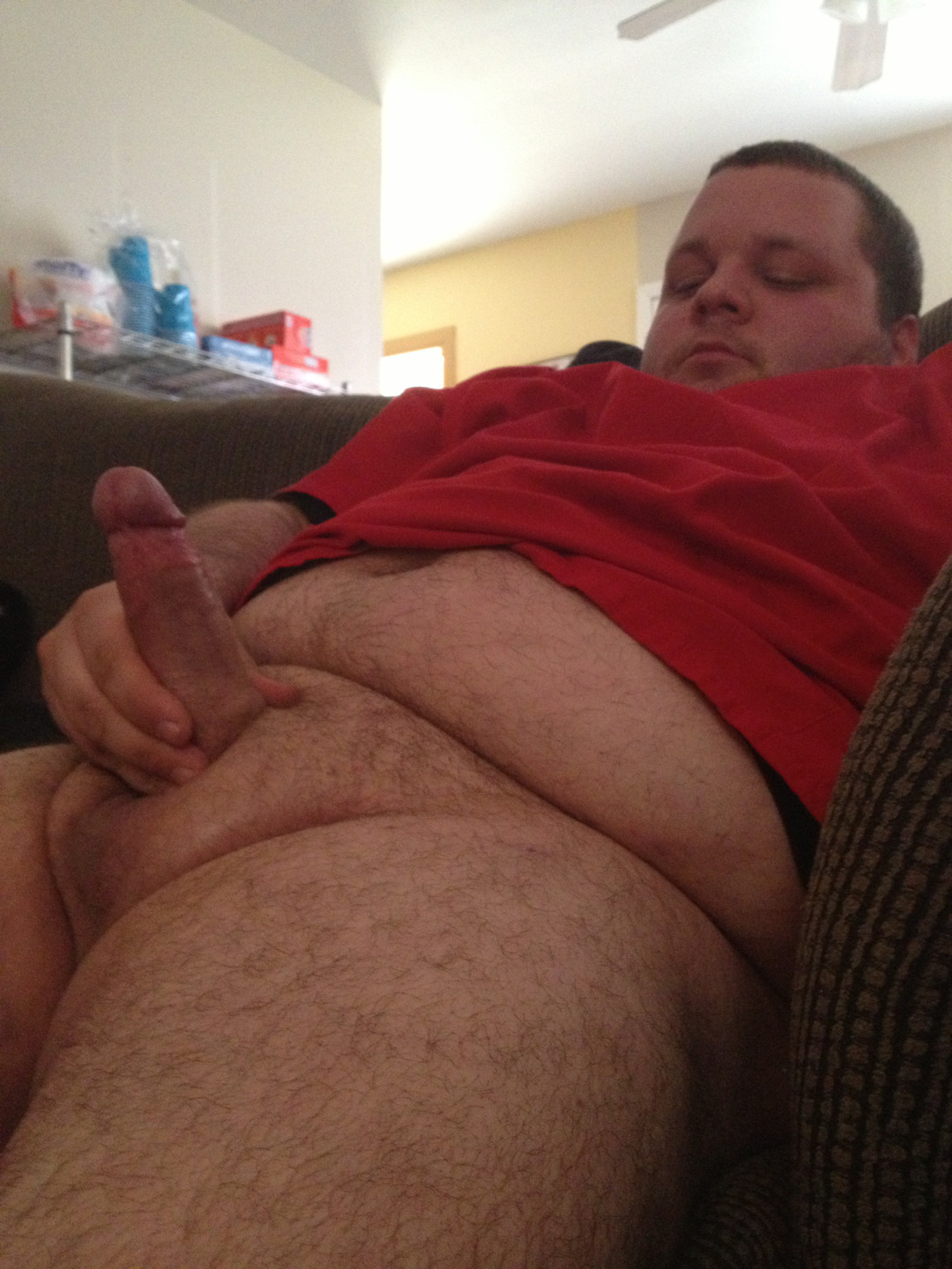 pocketfreddycub:  My bear showing off  Fuck yes! More please…