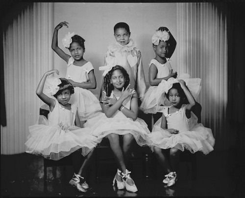 blackhistoryalbum:  LIL' BALLERINAS | 1947 Doris Patterson's dance class by Addison Scurlock, Washington D.C., 1947. National Museum of American History, Smithsonian Institution  <3