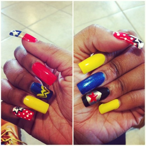 My Nails! 💅 #comics #superhero #wonderwoman #longnails