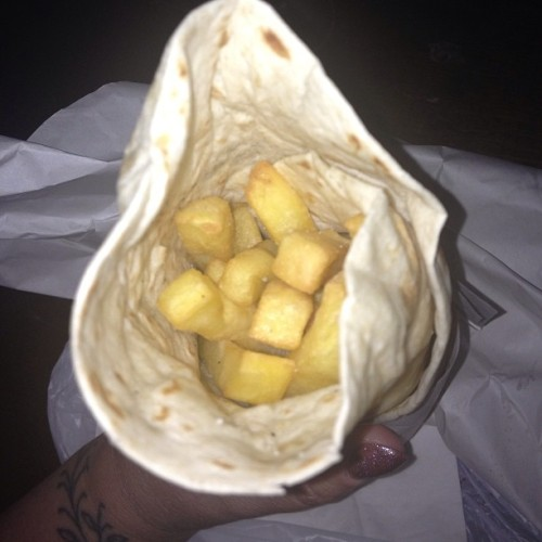 A man in the kebab shop misunderstood and made a chip wrap, the beat thing I have EVER eaten #chips #wrap #food #