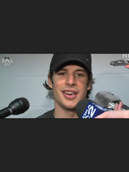 taytales:  I still love you. Can't wait to see you back on the ice. Teeth or no teeth I will always cheer for you for you are still the best.  is it just me or does he look even better? i mean how could you possibly look better after a surgery in the face area? LOLolololol