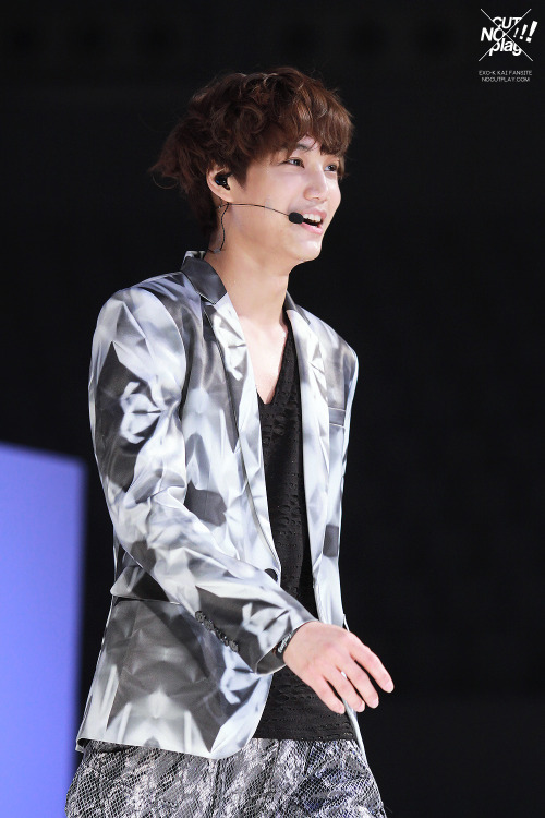 dailyexo:  Kai - 130406 Seoul Girls Collection 2013 S/S - 18/41 Credit: No Cut Play. (서울걸즈컬렉션 2013 S/S)