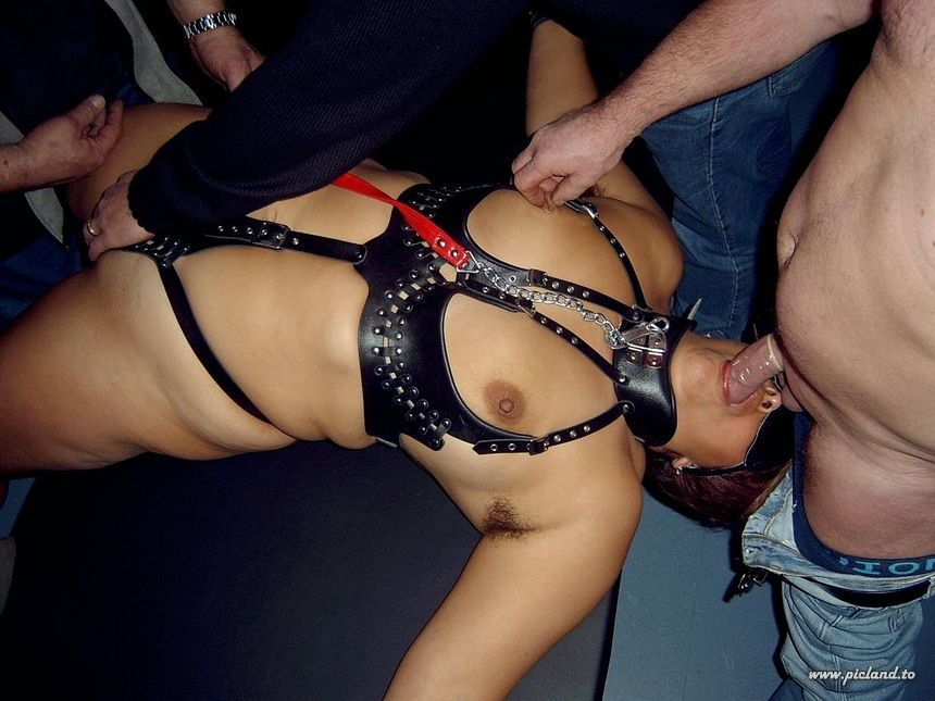 Amateur Women in Bondage