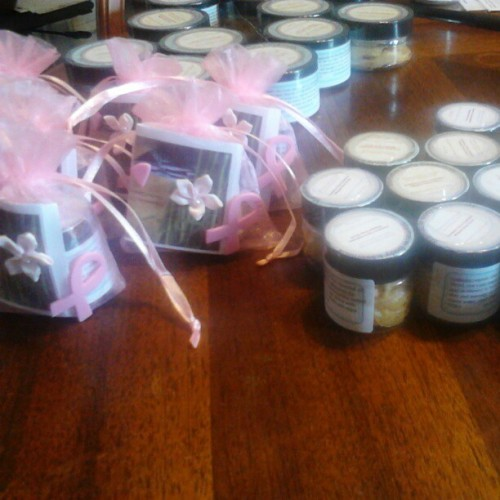 Cranberry citrus explosion whipped body scrubs … Preparing for shipping #mamaleibodyessentials #fitlife #teamfit #fitskin #bathtime #bathandbeauty #bathandbody #organic #healthandwellness #metime #relax #exfoliate #bodyscrubs #sheabutter #spa #allnatural #caringforself