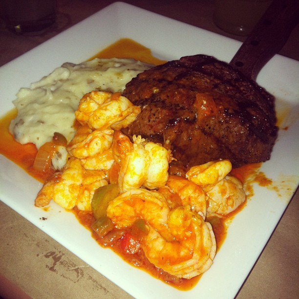 evans19885:  startrishhh:  Bourbon steak with Cajun shrimps. OHYES. #birthdaydinner 💣 #steak #birthday #dinner #birthdaygirl  that look gud