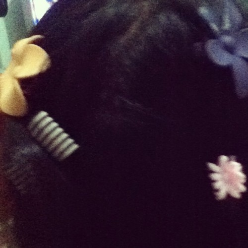 Jasmin was practicing her skills on me. Mehehe.