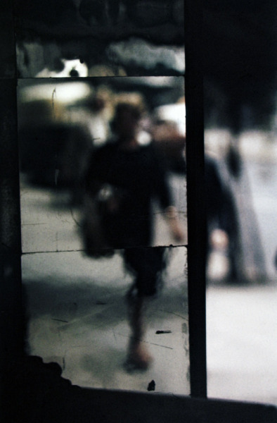 mythologyofblue:  Saul Leiter, c. 1953 +
