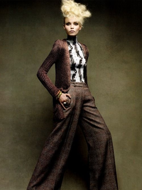 inspirationgallery:  Natasha Poly by Patrick Demarchelier. Vogue China