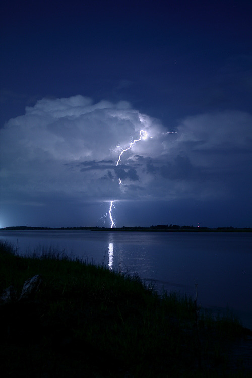 h4ilstorm:  Atmospheric Discharge (by Lawson Bruen)