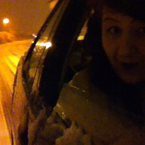 HOLY SHIT SNOW #snow #winter #me #iya