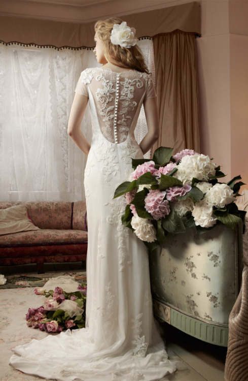 http://www.bellethemagazine.com/2013/03/mia-mia-bridal-spring-2013-my-dress-of.html