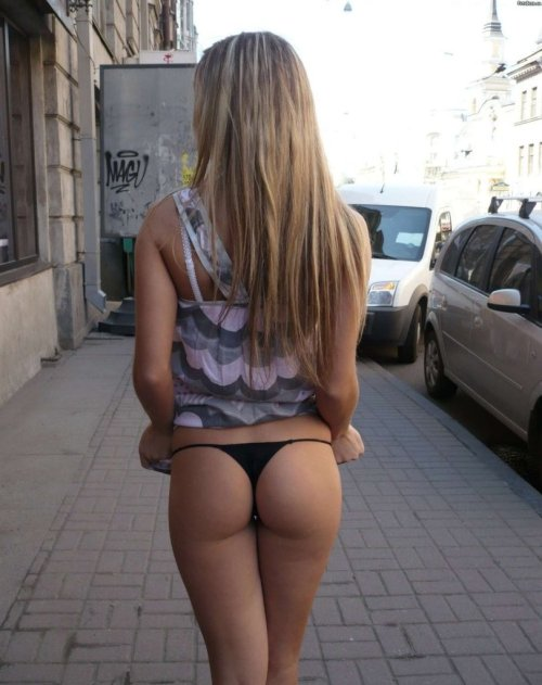 assandpants:  Street viewhttp://assandpants.tumblr.com/