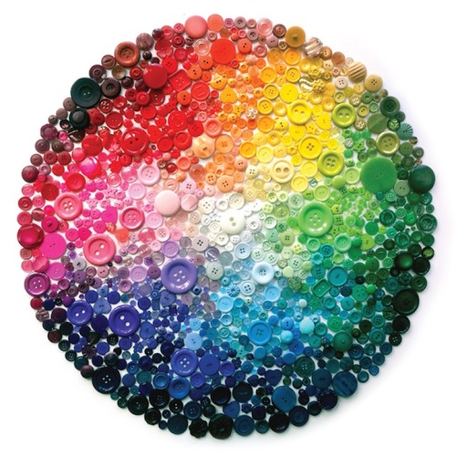 buttonit:  (via Spectacular Rainbow Button Art by Karen Hurley - My Modern Metropolis)