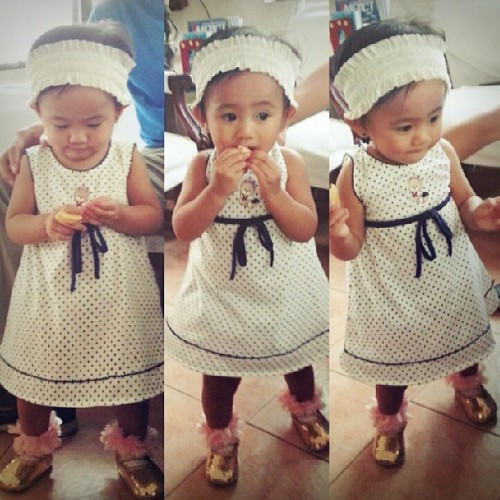 Thanks ninong gebs for the dress and mama mags for the headband. :D #raanstyle #babyfashion