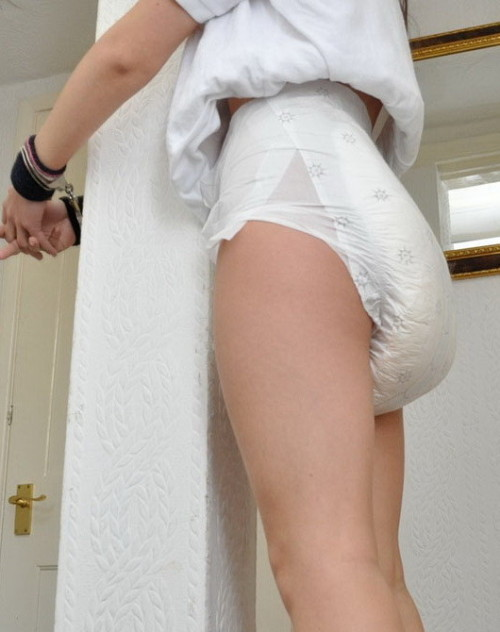 "littlelaneykink:  ""Wait right here for me, sweetheart. That diaper's not quite full yet. We'll just have to wait a while. If you keep trying to change your diaper on your own, you might find yourself spending quite a bit of time getting acquainted with this pole, here."""