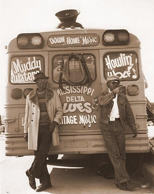 guitarslob:  Muddy Waters & Howlin' Wolf