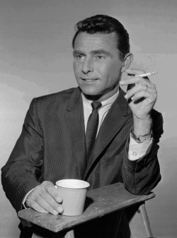 dreammason:  Rod Serling, folks. He was the man.