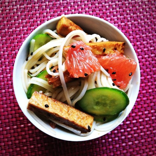 Recipe: Rice Noodle Salad with Grapefruit-Sriracha Vinaigrette I'm in all kinds of love with this photo and I can't wait to try the recipe when I get home! This salad not only looks cool and refreshing (with a little kick from Sriracha, of course), but it's also vegan for my fellow veggie-lovers out there! Kudos to the vegan mastermind that is Isa Chandra Moskowitz for coming up with this brilliant and beautiful masterpiece! Enjoy! Get the recipe here: Rice Noodle Salad With Grapefruit-Sriracha Vinaigrette recipe (via Post Punk Kitchen)