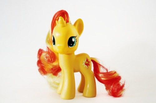 Sunset Shimmer has arrived at my home and i love her to bits!