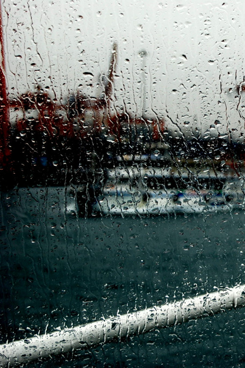 plasmatics-life: Rain and Istanbul ~ By Ahmet Batal