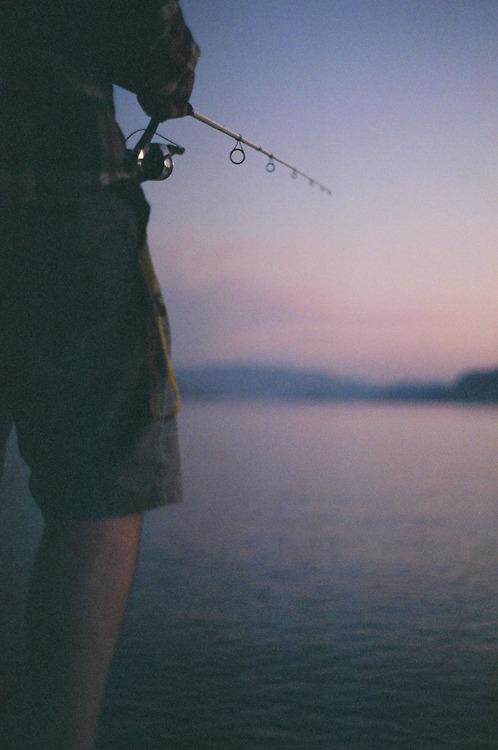 man-and-camera:  Simple joys  ➸ Luke Gram