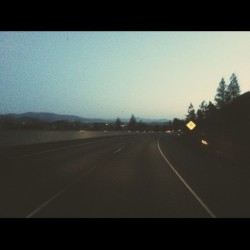 Overnight cruise to Portland, OR. Accompanied by @timtransit, @lallysup, and @pjjefferson aka DJ PJ. Sup @riserecords? (at Weed, CA)