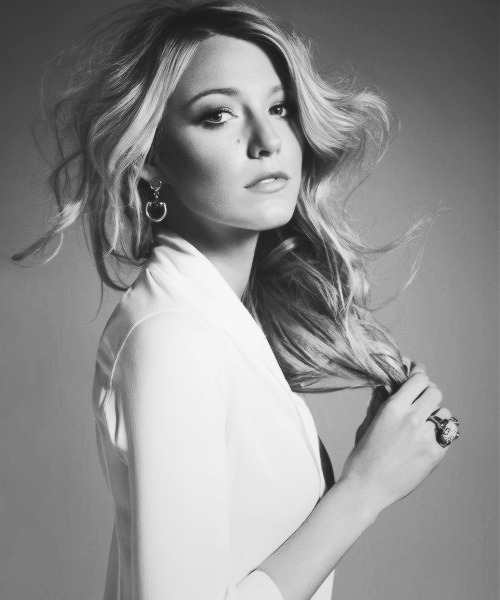 vogue-road:  Blake Lively