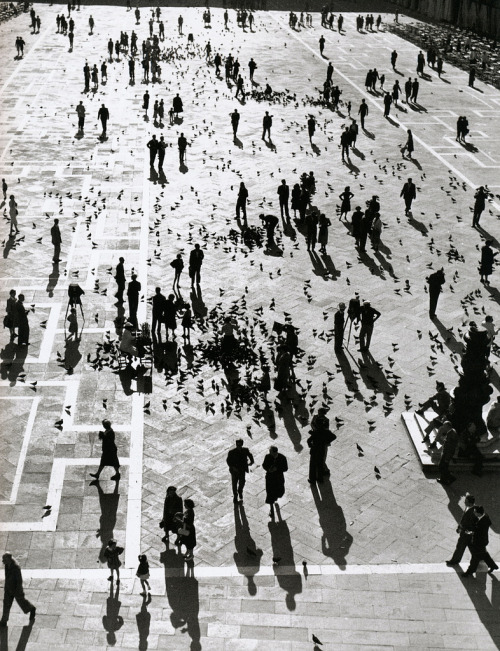 Herbert List - Piazza San Marco, Italy, 1939  i'll see you again venice.