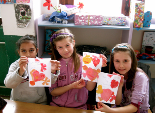 "michellevitone:  Today in the 3rd grade we celebrated St. Valentines day by making hearts and learning how to say ""I love you,"" in English.  I JUST WANT TO GO INTO THE PEACE CORPS ALREADY"