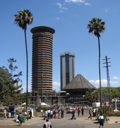 howiviewafrica:  Nairobi, Kenya. (The Africa we don't see on TV)