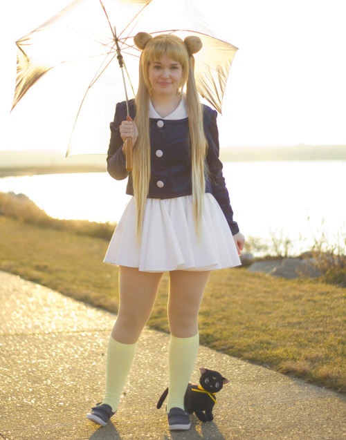 bleubelle:  Casual Usagi from Episode 6! Umbrella cosplay is the best, you guys :D