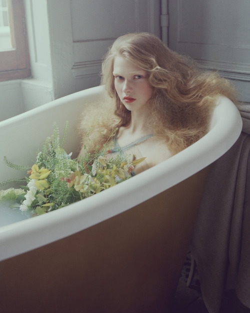 "midnight-charm:  ""Bathing Grace"" Aline Petrychenko by Andrew Yee for How to Spend It April 2013"