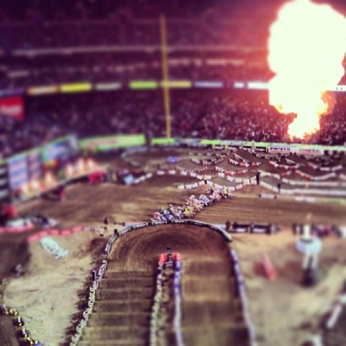 450s off the gate… #a1 #supercross #sx #monsterenergy