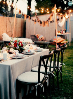 | ♕ |  S'Mores Sooiree  | via stylemepretty Photo & Styling by Jesi Haack | Florals: JL Designs