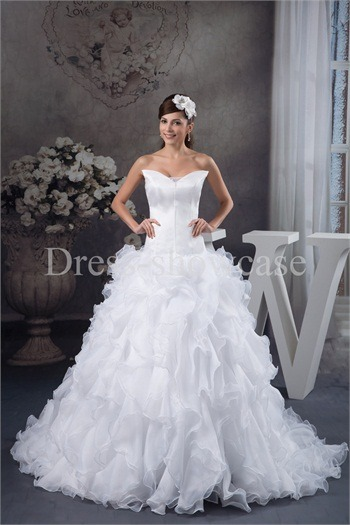 Fantastic Sleeveless A-Line Strapless Wedding Dress http://www.Dress-ShowCase.com/Fantastic-Sleeveless-A-Line-Strapless-Wedding-Dress-p20980.htmlView Post